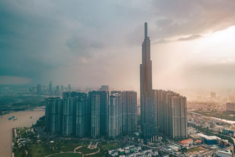 """Bloomberg: Triển vọng dài hạn kinh tế Việt Nam – Cỗ máy tăng trưởng vẫn sẽ """"bền bỉ"""" trong những thập kỷ tới!"""